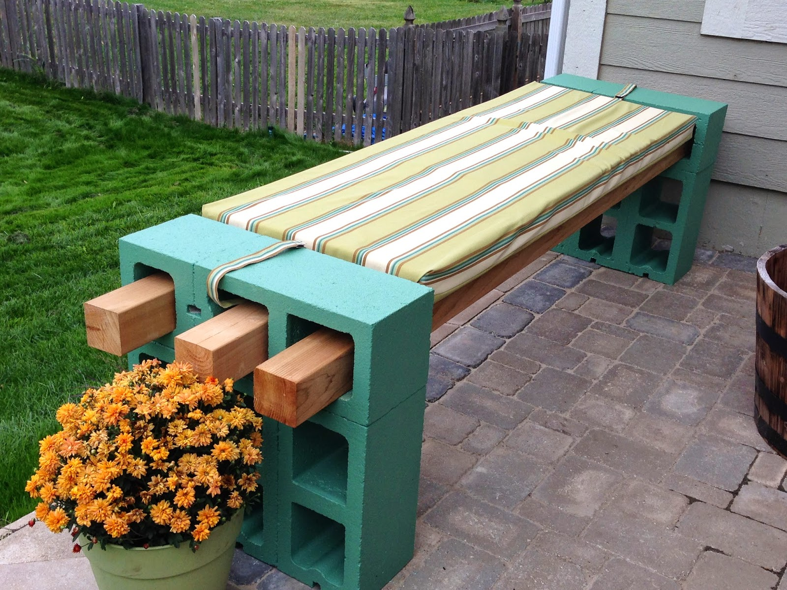 All Of The Benches On Pinterest Have Four Planks Across But That Was Going To Be Too For My E So I Opted Cut It Back Three