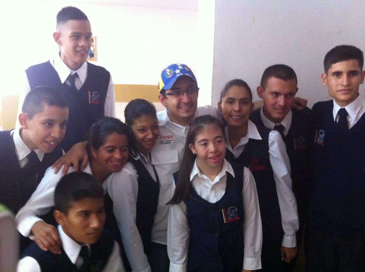 Proyecto: Educación integral para adolescentes y