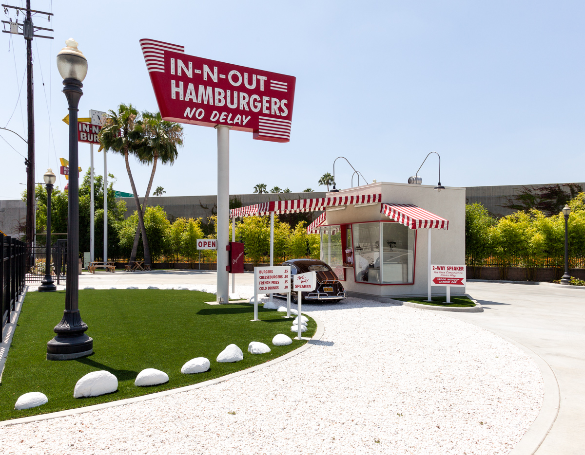 Replica Of The Original In-N-Out Burger Stand In Baldwin