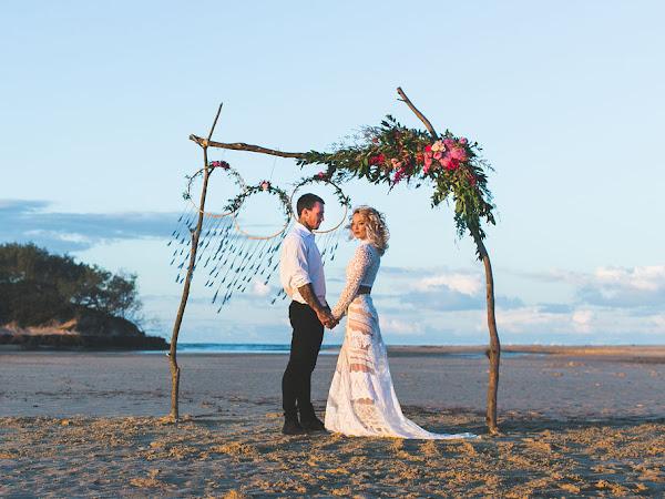 ➳ SUNSET VOWS | STUNNING BEACH WEDDING INSPIRATION {SUNSHINE COAST}