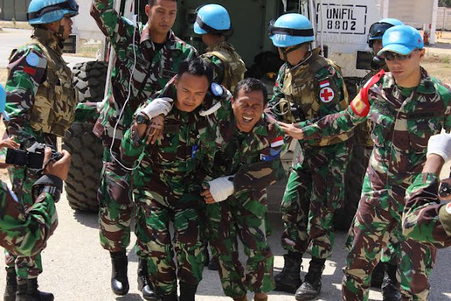 Prajurit TNI Satgas Indobatt Gelar Latihan Medis di Lebanon