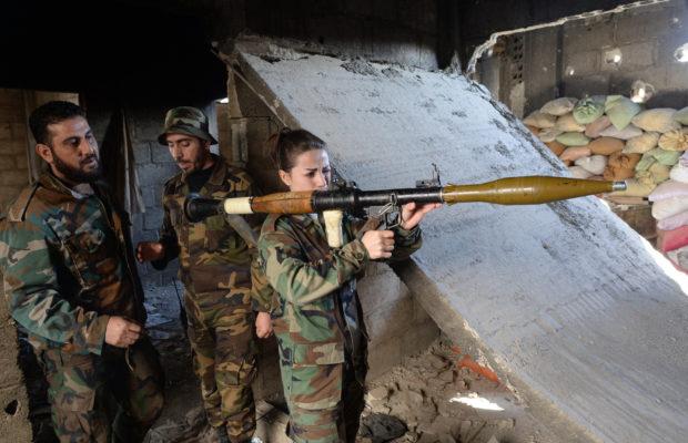 Los militantes del suburbio de Tishrin, en el este de Damasco, se rinden al Ejército sirio