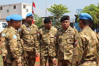 Wakil Komandan PMPP TNI Kunjungi Pasukan Garuda di Pedalaman Afrika