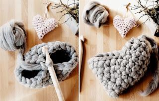 Tığ işi Kalp Şeklinde Yastık Modeli Resimli Anlatım 2
