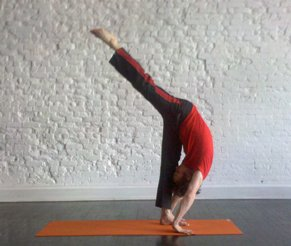 yogatwistonlife pose of the week  standing splits