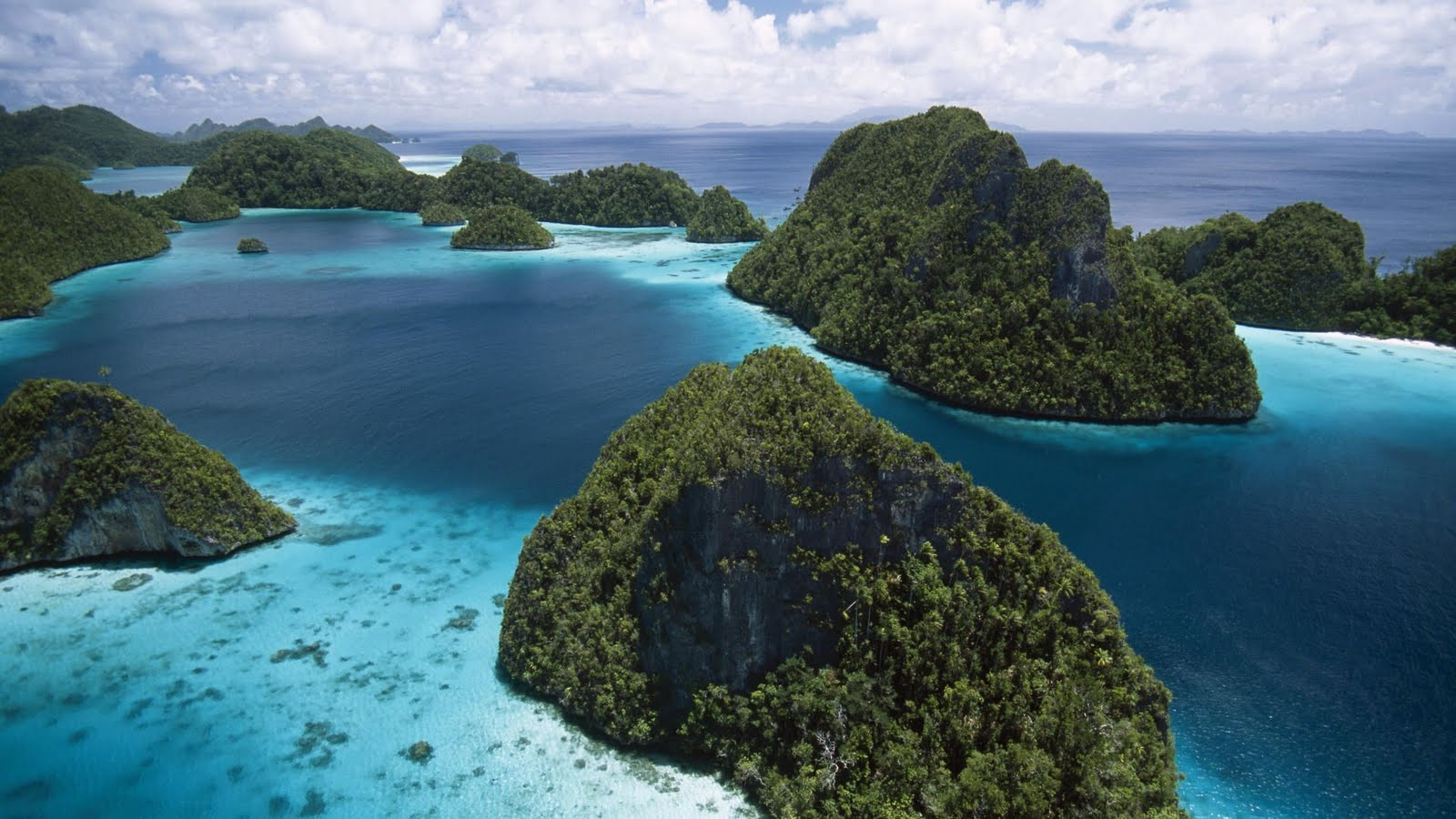 Raja Ampat is one beautiful place in the World (Indonesia ...