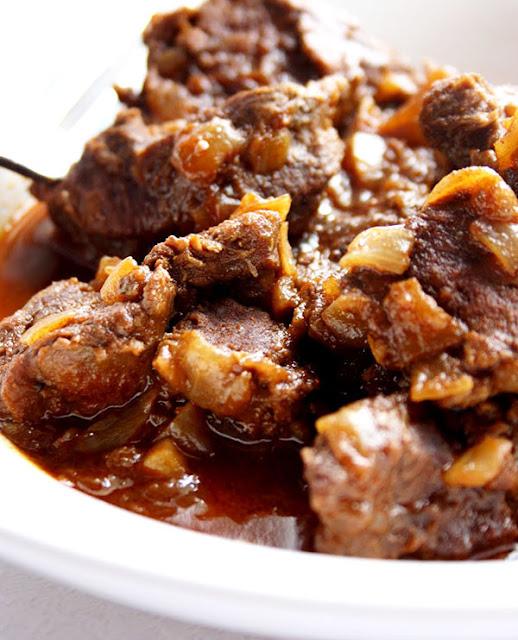 pressure cooker Hungarian goulash