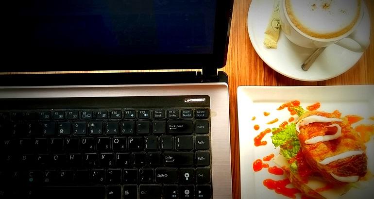 Ngeblog di Cafe
