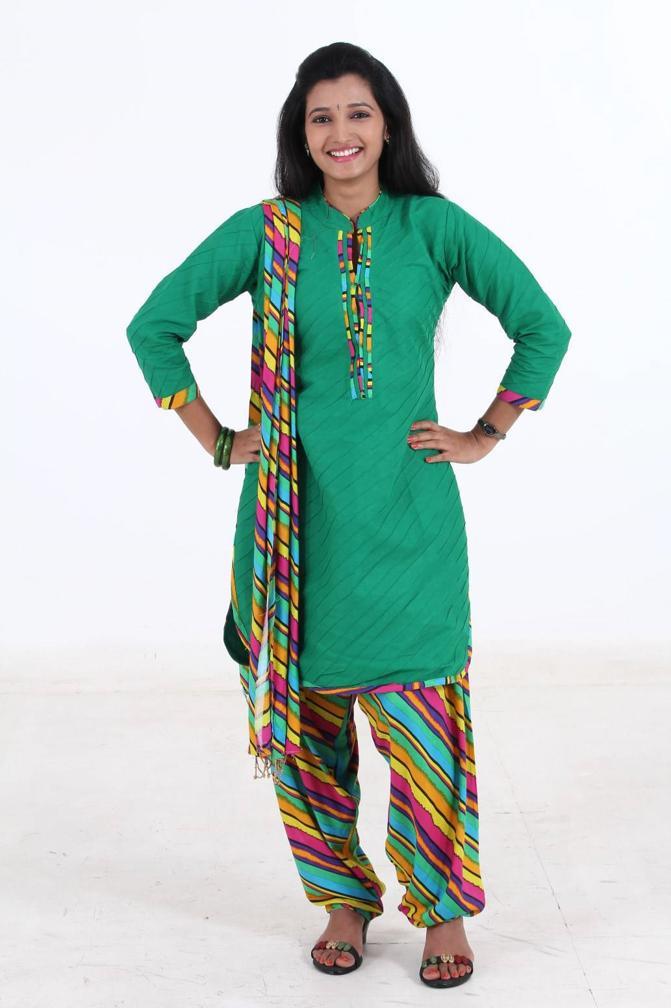 Tamil Actress Long Hair Stills In Green Dress Deepthi Shetty
