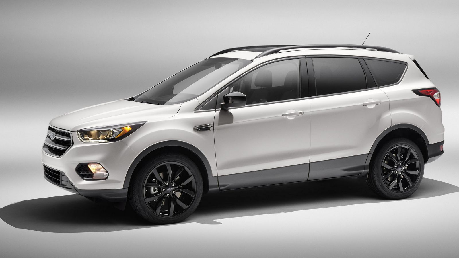 2017 ford escape receives sport appearance pack carscoops. Black Bedroom Furniture Sets. Home Design Ideas