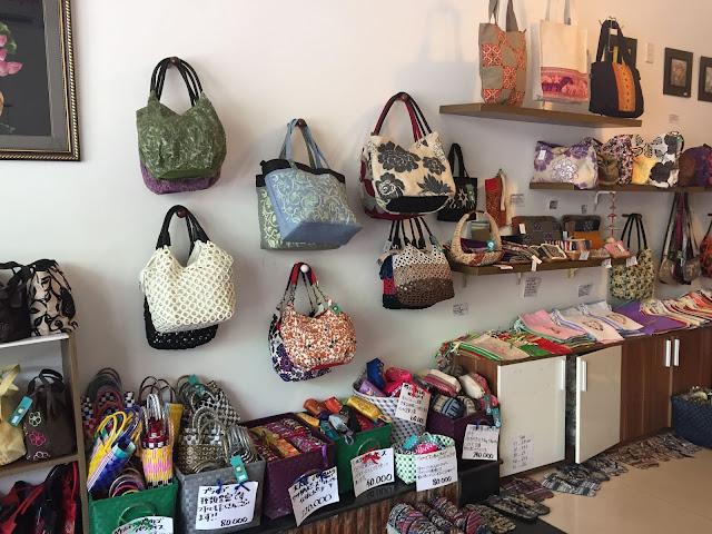 Cửa hàng tạp hóa Việt - Nhật: Hoa Ly, Đà Nẵng