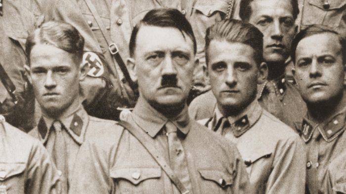 Dokumen FBI Membuka Fakta Misterius Kematian Adolf Hitler
