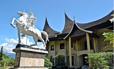 objek wisata sumatera barat museum imam bonjol