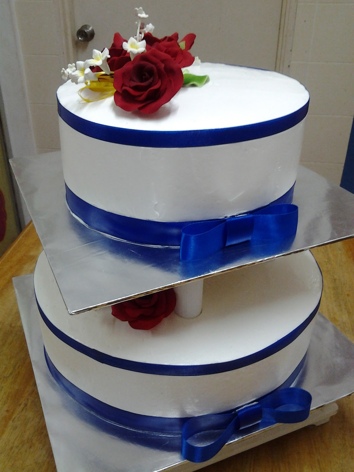 blue and white 2 tier wedding cake ct hasanah cake house blue and white 2 tier wedding cake 11962