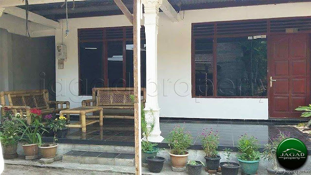 Rumah dalam Perkampungan samping Jogja Bay