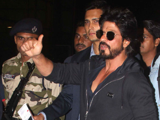 SHAH RUKH IS IN DISCUSSIONS WITH SEVEN DIRECTORS- BOLLYWOOD NEWS