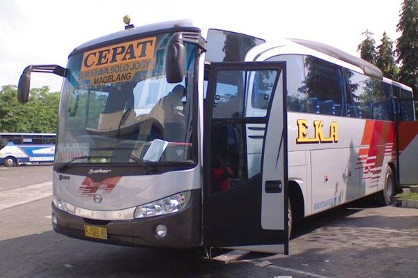 Pembelian Tiket Bus Cepat Eka Obral Obrol