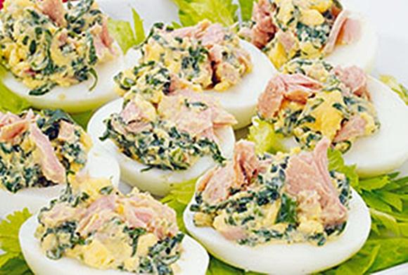 Huevos Rellenos De Atun Con Espinacas