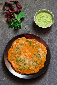 How to make uppu khara dosa / uppu menasu dosa / Pathrode Dosa recipe at www.oneteaspoonoflife.com