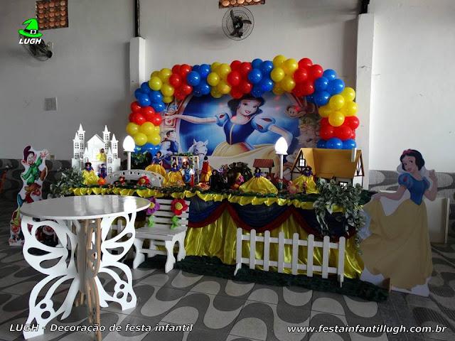 Decoração de mesa tema Branca de Neve para festa de aniversário infantil - Barra - RJ