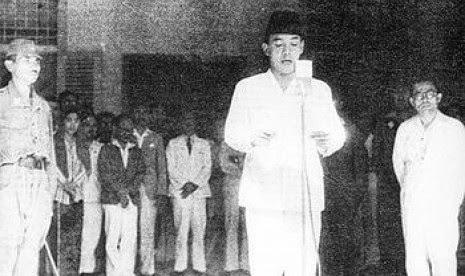 Kumpulan Puisi Kemerdekaan 17 Agustus 1945