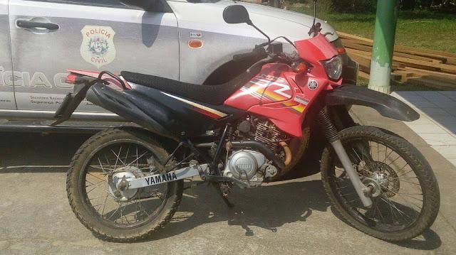 Polícia de Mâncio Lima apreende moto usada em assaltos