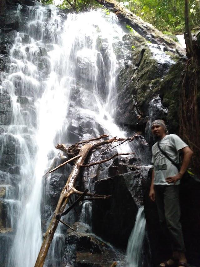 Mengunjungi Lubuk Baji, Potongan Asmara di Tengah Hutan