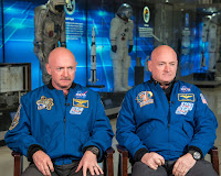 A photograph of Scott and Mark Kelly.