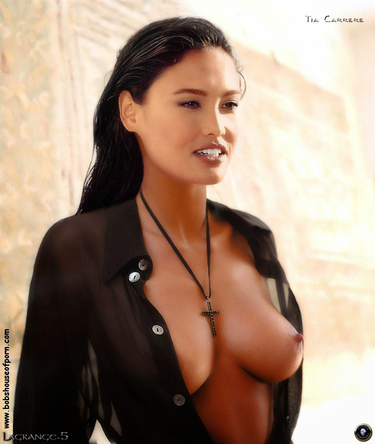 Hot nude voyeur