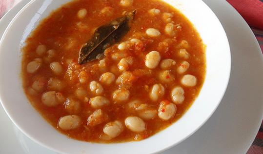 Pochas(congeladas o frescas) guisadas con verduras