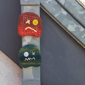 Knitted Monster Fridge Magnet - free knitting pattern