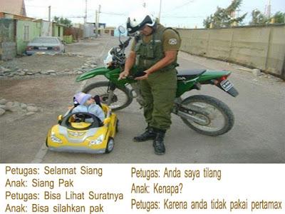 foto anak kecil ditilang polisi
