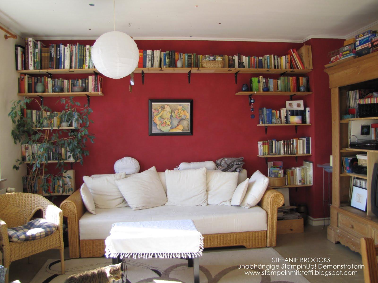 wohnzimmer rote wand raum und m beldesign inspiration. Black Bedroom Furniture Sets. Home Design Ideas
