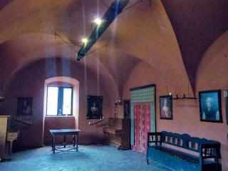 Замок Сент-Міклош. Відреставровані зали на першому поверсі