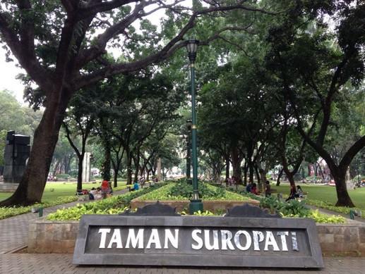 Daya Tarik Objek Wisata Taman Suropati Di Menteng Dki Jakarta Pusat