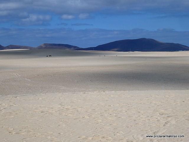 paisaje desértico de Fuerteventura