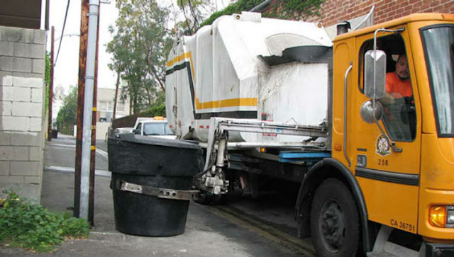 trash removal suffolk