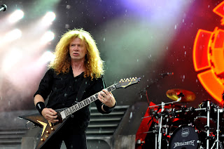 Dave Mustaine of Megadeth at Allstate Arena, September 23