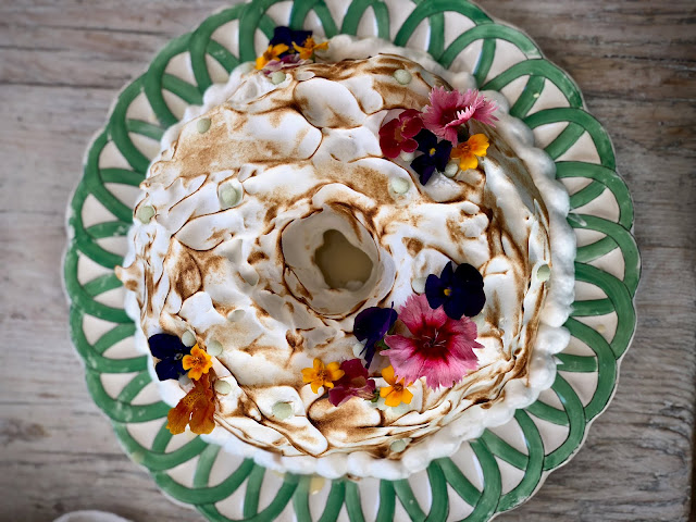 tres leches cake with edible flowers.  Botanic supper club and silver workshop with Emma Mitchell pic: Kerstin Rodgers/msmarmitelover.com