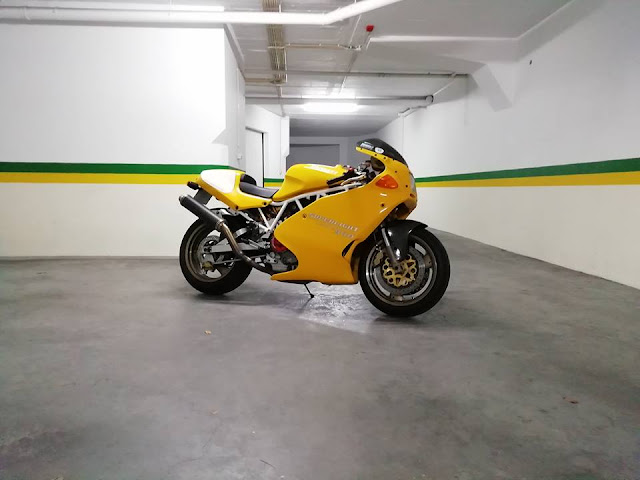Ducati 900SL Superlight - Photo by Paulo Alves