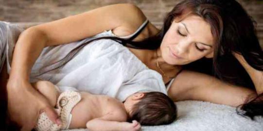 Penyebab Payudara Nyeri Saat Menyusui dan Cara Mengatasi Payudara Nyeri dan Bengkak Saat Menyusui Bayi