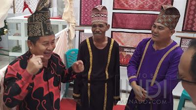 Angkat Warisan Budaya Sulut, Sangian Gelar Pameran Bersama Kain Daerah