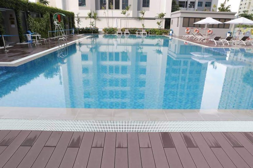 Bể bơi ngoài trời TNR Goldmark City