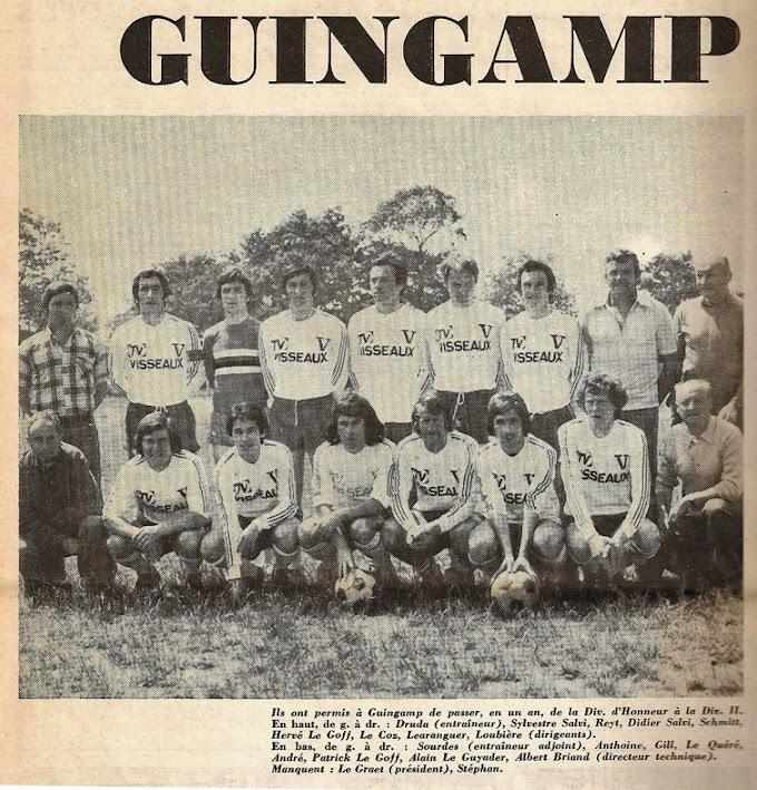 L'équipe du dimanche après-midi. EN AVANT GUINGAMP 1976-77.