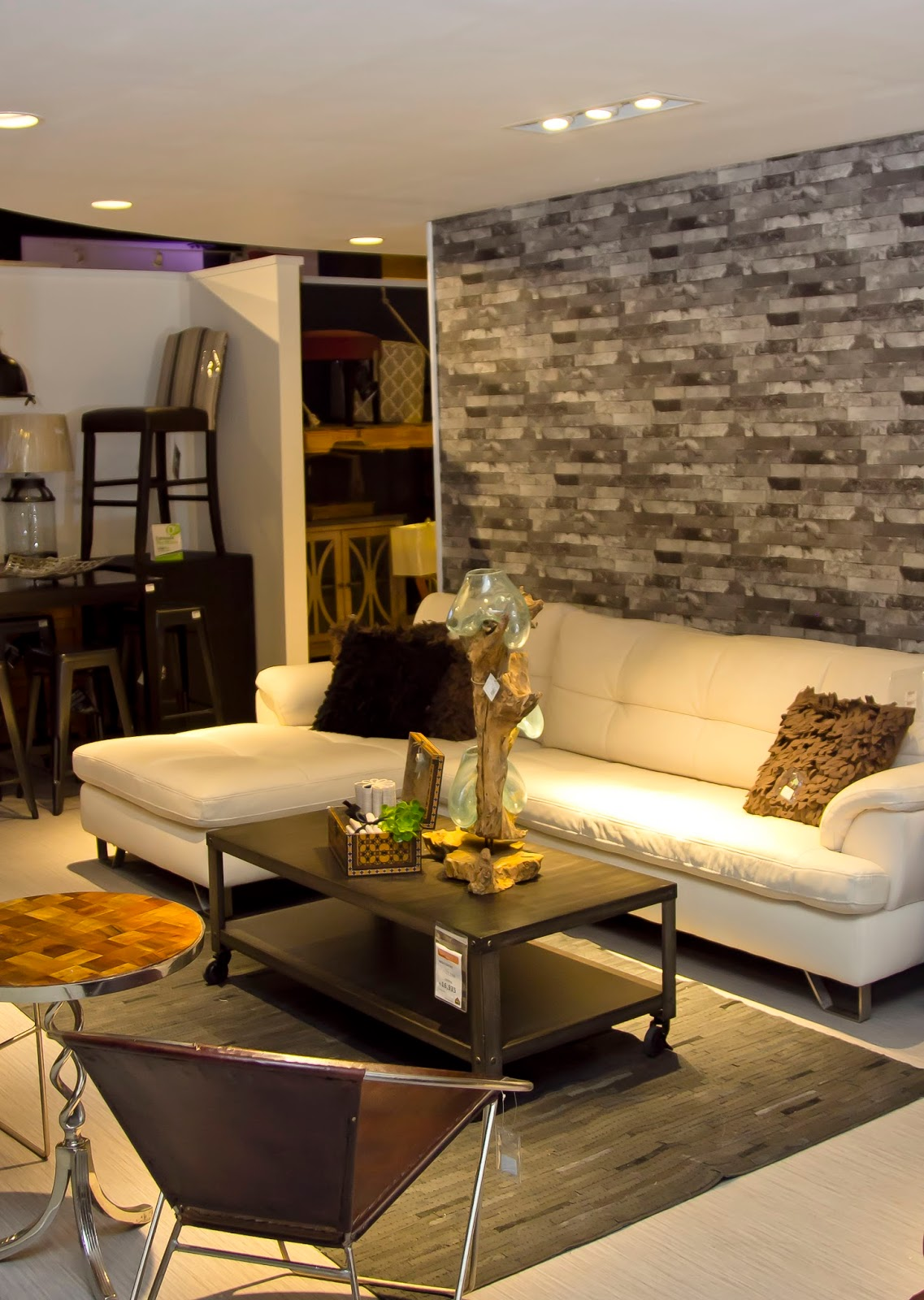 Ashley Furniture HomeStore celebra 70 años con Urbanology - NEWSLIFERD