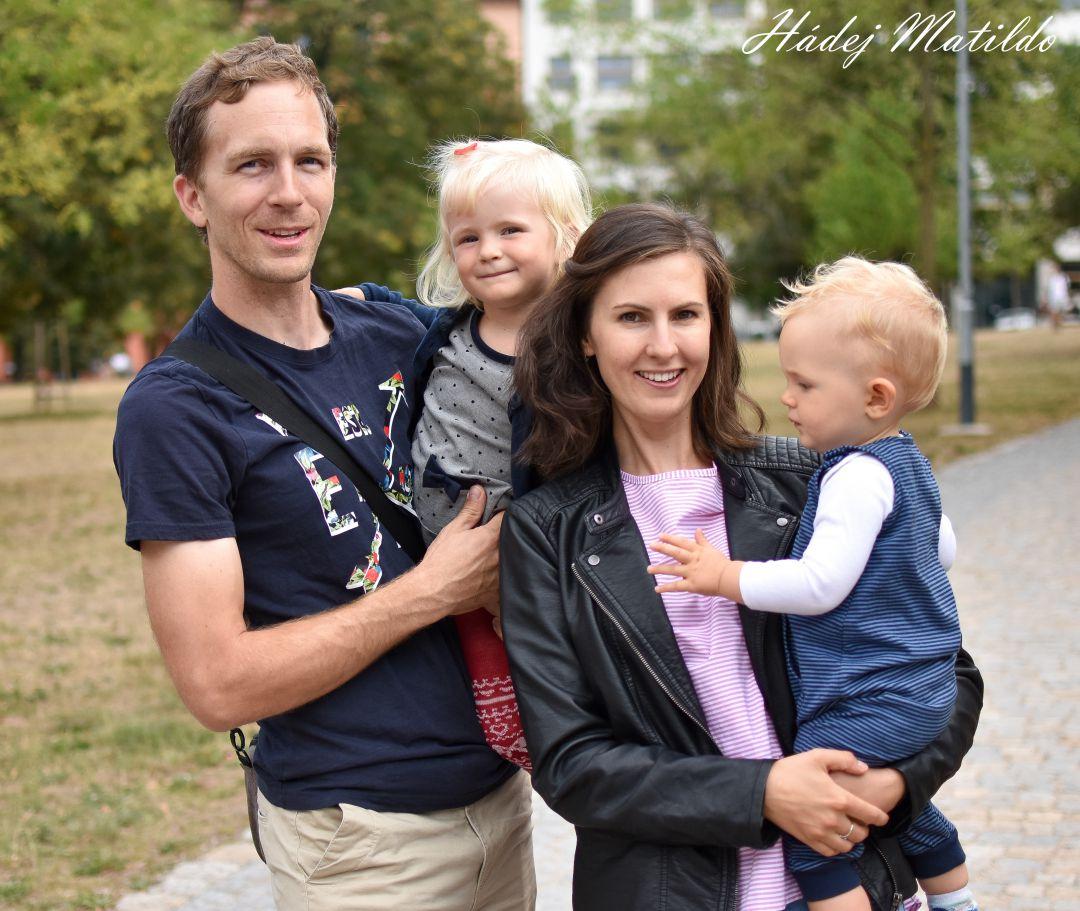 život na mateřské, mateřská dovolená, dvě děti, miminko, výchova, náročné dítě