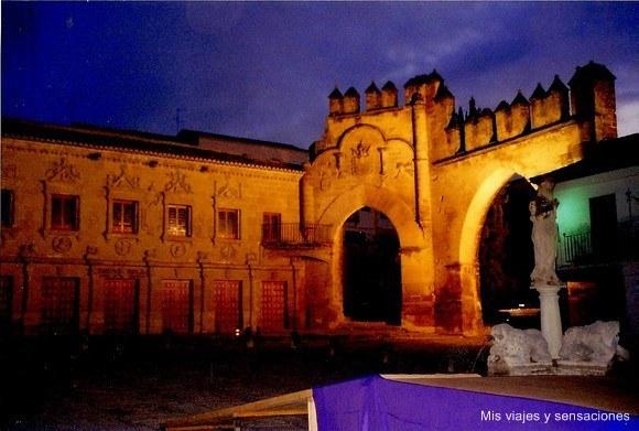 Arco de Villalar y Puerta de Jaen, Baeza