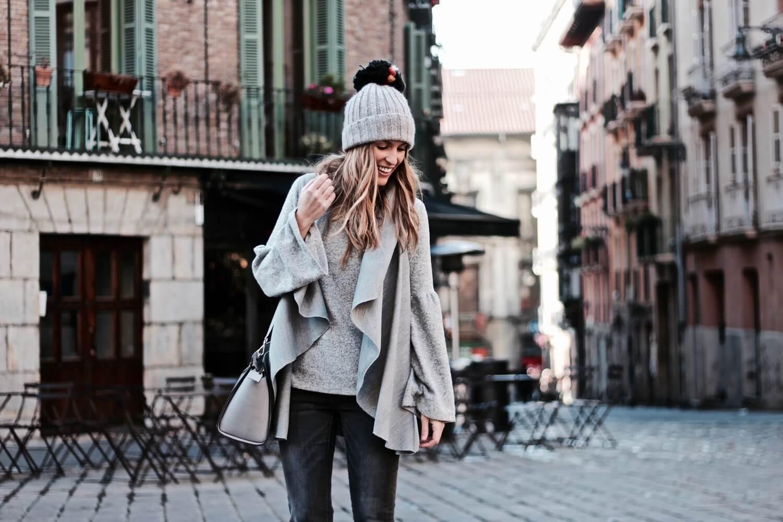 como llevar un look en grises