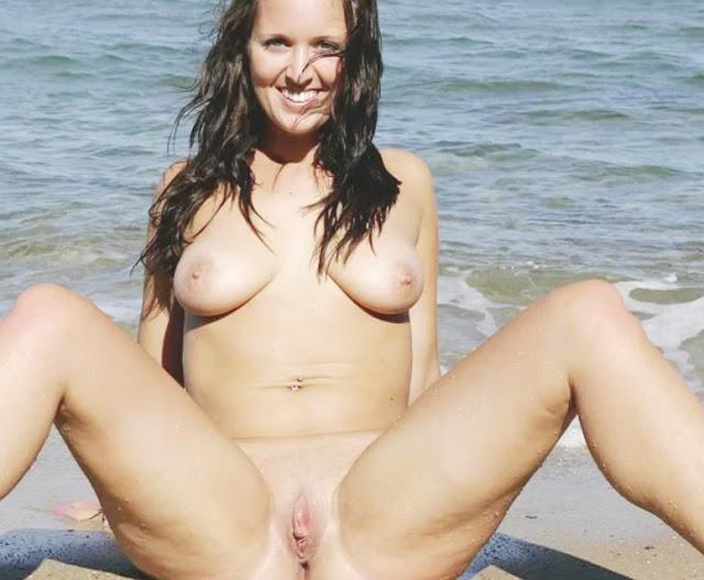 Голый пляж: Нудистки девушки на пляже! Эротика www.eroticaxxx.ru: голые на пляже нудистки! Девушек нудистов фото эро 18+