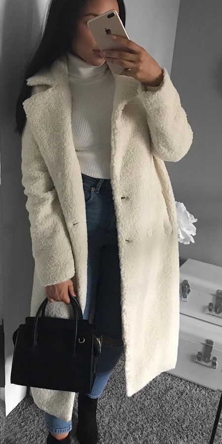 25 Best Extra Nice Winter Outfits to Wear Now.  winter casual winter styles winter fall fashion casual winter fashion winter outfits casual #outfitinspiration #style #stylish #styleinspiration